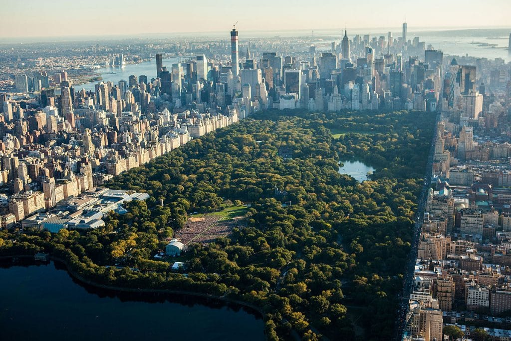 The incredible Central Park in NYC. Undoubtedly one of the best things to do in America.