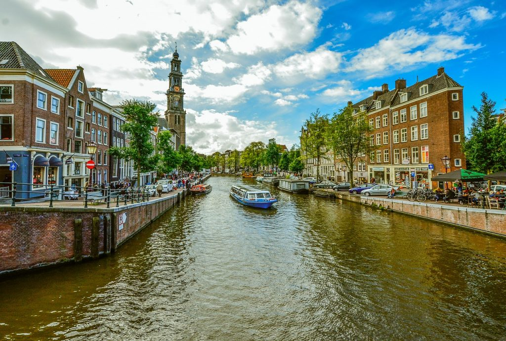 Wandering the canals of Amsterdam is one of the best bucket list ideas.