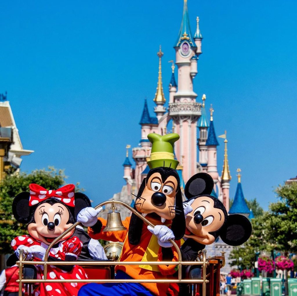 Disneyland Paris is perfect for Europeans, or so says our Disneyland guide.