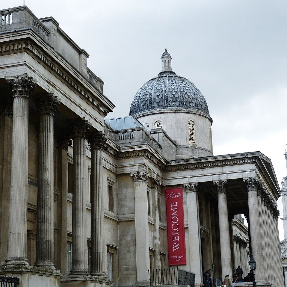 One of the best walking tours in London is free.